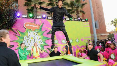 DIAPO Selena Gomez, Kristen Stewart: les photos du orange carpet des Kids' Choice Awards