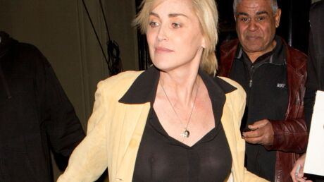 PHOTOS Sharon Stone seins nus dans un restaurant de Los Angeles