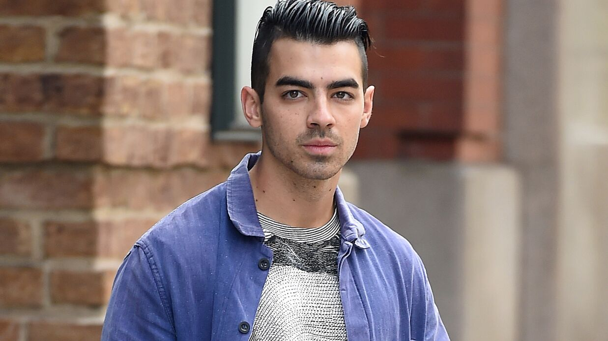Joe Jonas est branché SM