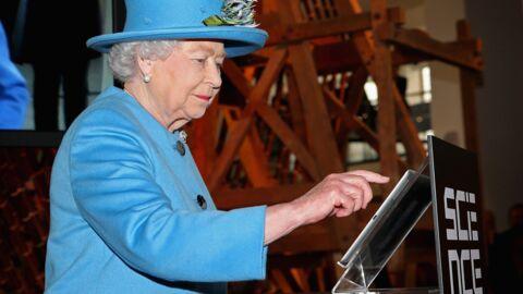 Le premier tweet de la reine Elizabeth II!
