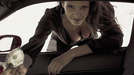 VIDEO Chloé Mortaud (Miss France 2009) ultra sexy pour son compagnon