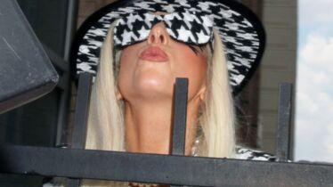 Et Gaga plia devant super Christine