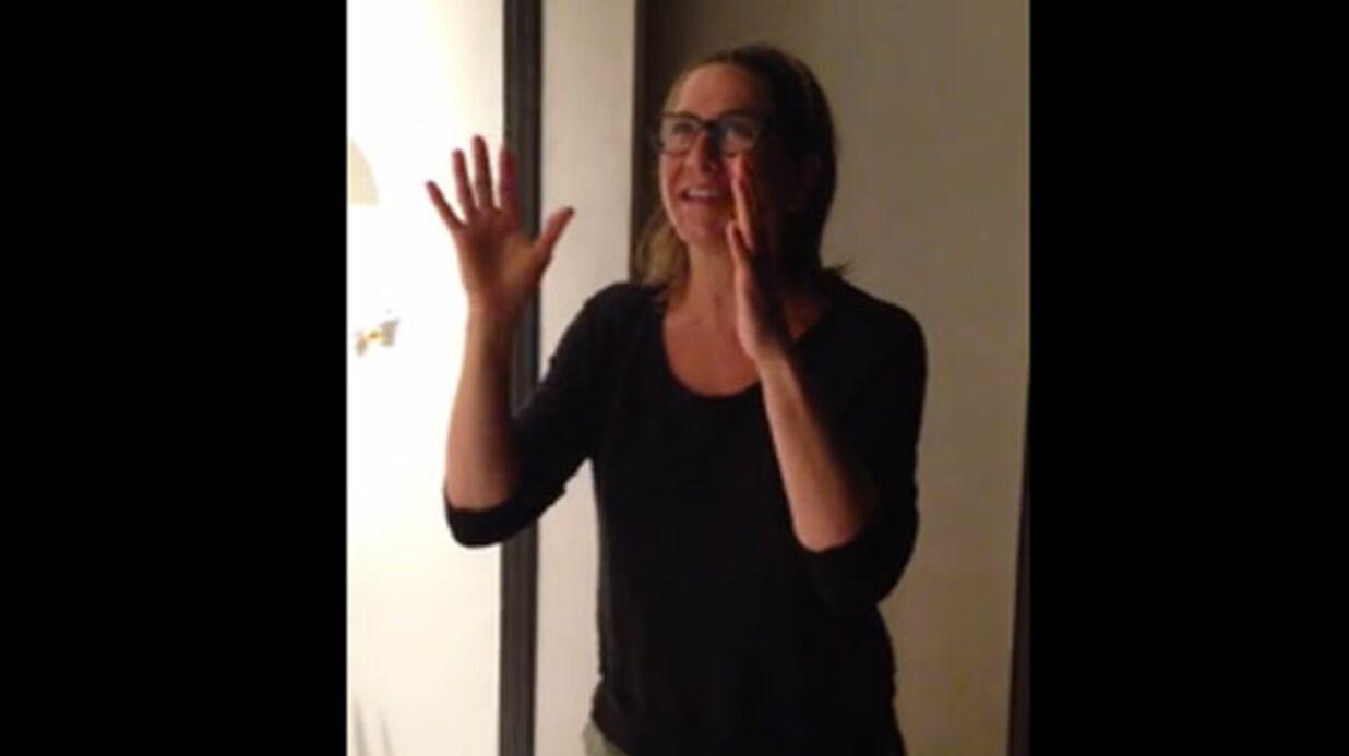 VIDEO Jennifer Aniston vit très mal son Ice Bucket Challenge