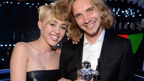 Miley Cyrus: son ami SDF des MTV VMA est recherché par la police