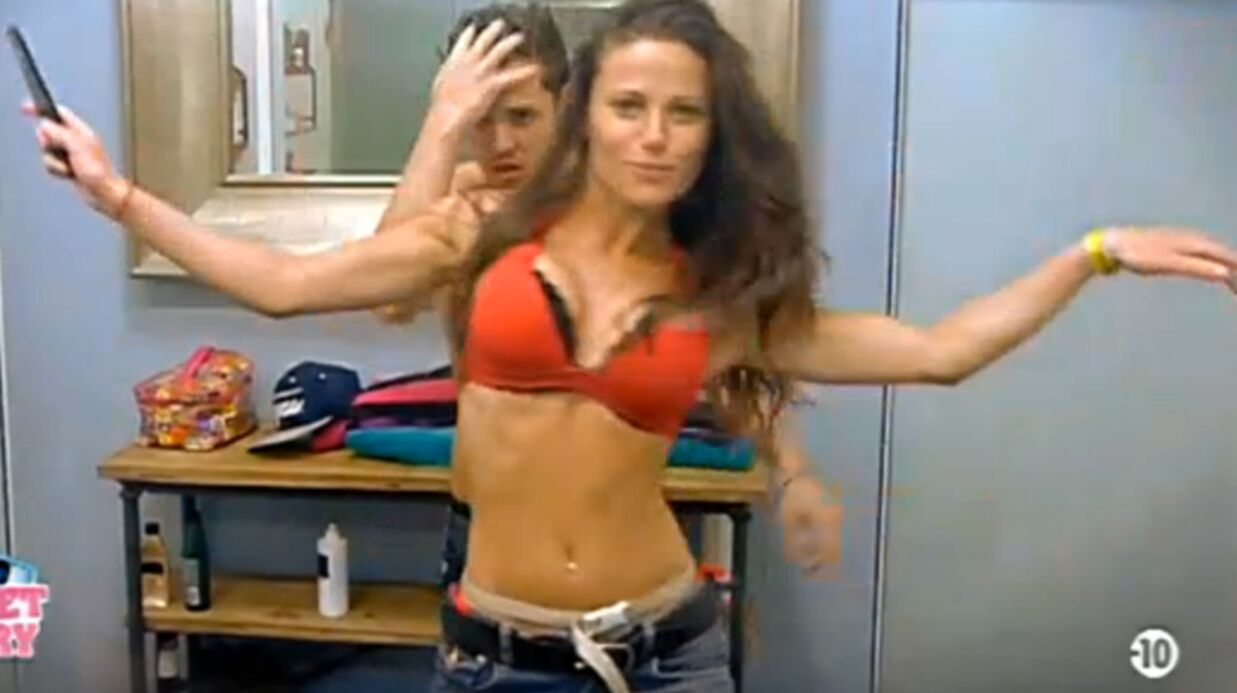 VIDEO Secret Story 6: Le sexy ménage finit en strip tease