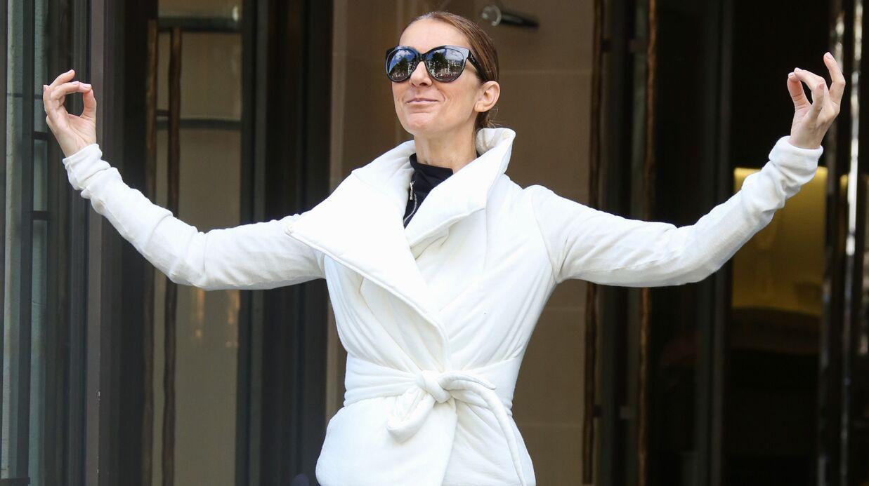 PHOTO Céline Dion en mode zen à la sortie d'un hôtel parisien