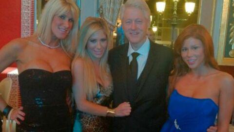 Bill Clinton: les dessous de sa photo avec des stars du porno