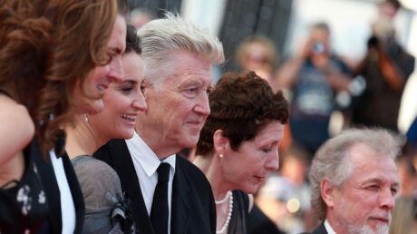 PHOTOS Cannes 2017: L'étonnante robe de la compagne de Samy Nacéri, Gérard Jugnot radieux avec sa jeune épouse