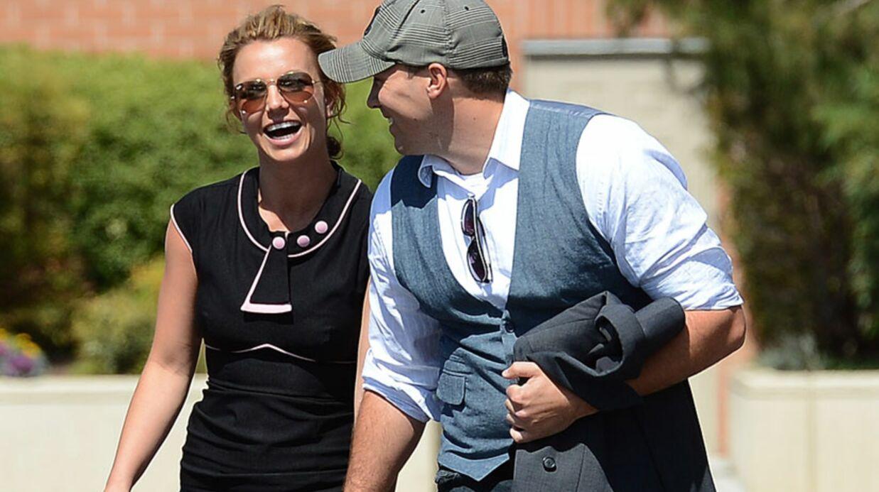 DIAPO Britney Spears officialise avec son nouveau petit ami