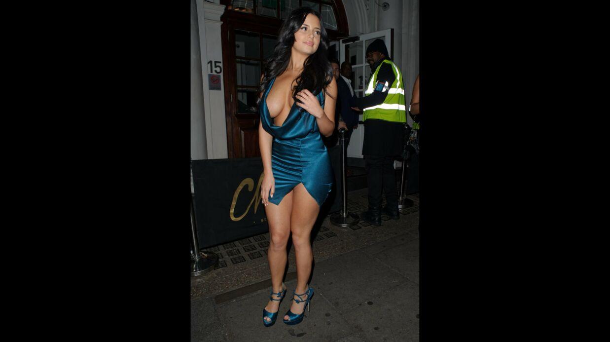 PHOTOS Demi Rose: l'ex de Tyga dévoile sa poitrine dans un décolleté démesuré