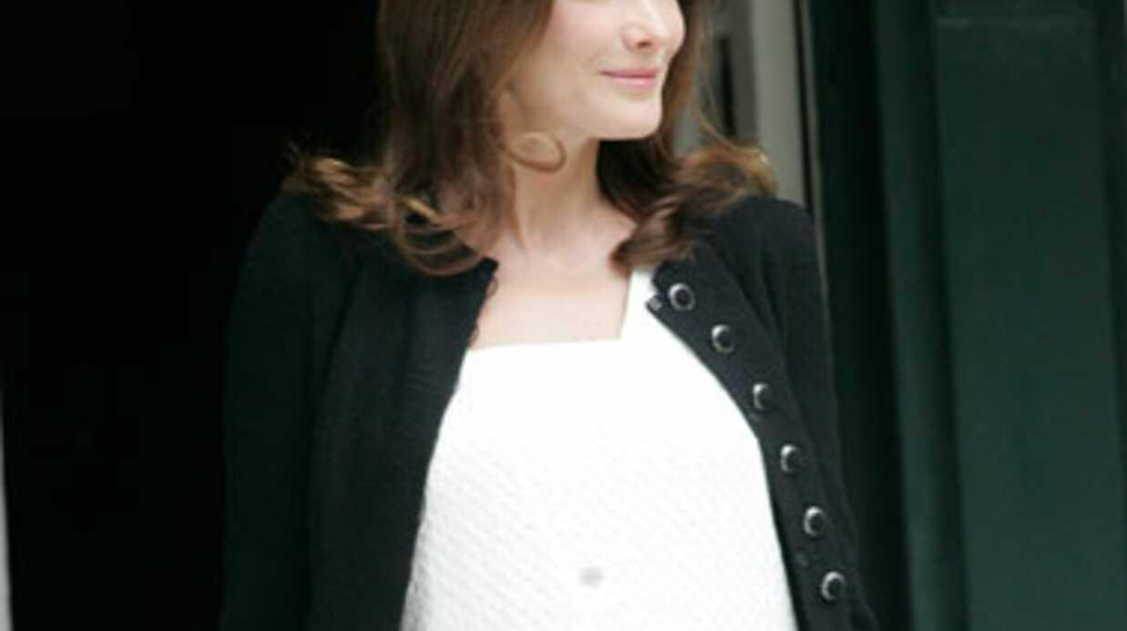 Carla Bruni évoque son rapport à la chirurgie esthétique