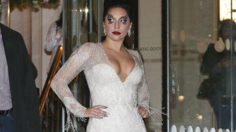 Lady Gaga avoue être dépressive en plein concert