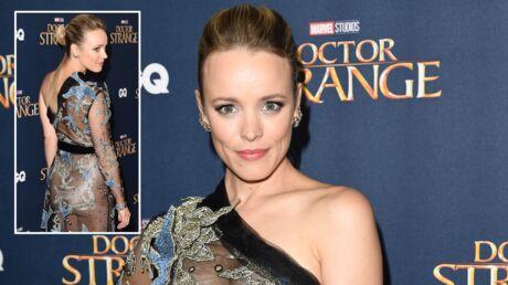 Rachel McAdams dévoile sa poitrine (et un peu plus) en robe transparente pour Doctor Strange