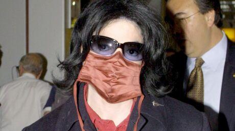 Le masque de Michael Jackson s'arrache aux enchères
