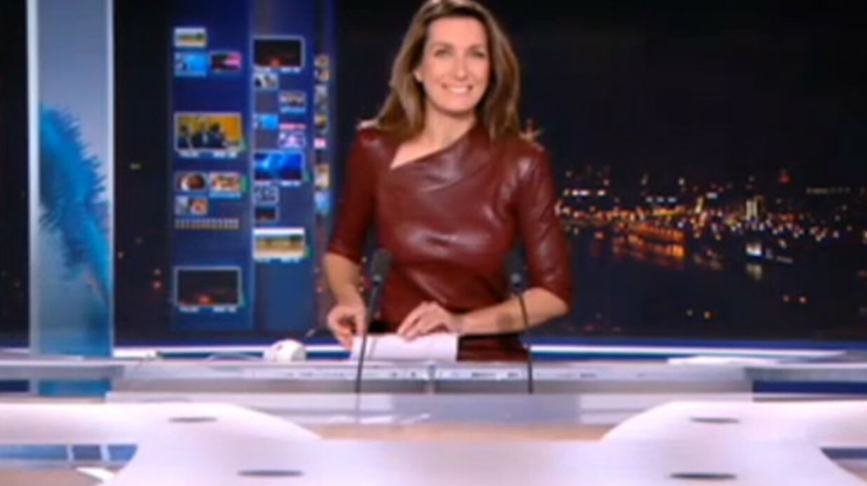 Anne claire coudray robe en cuir rouge