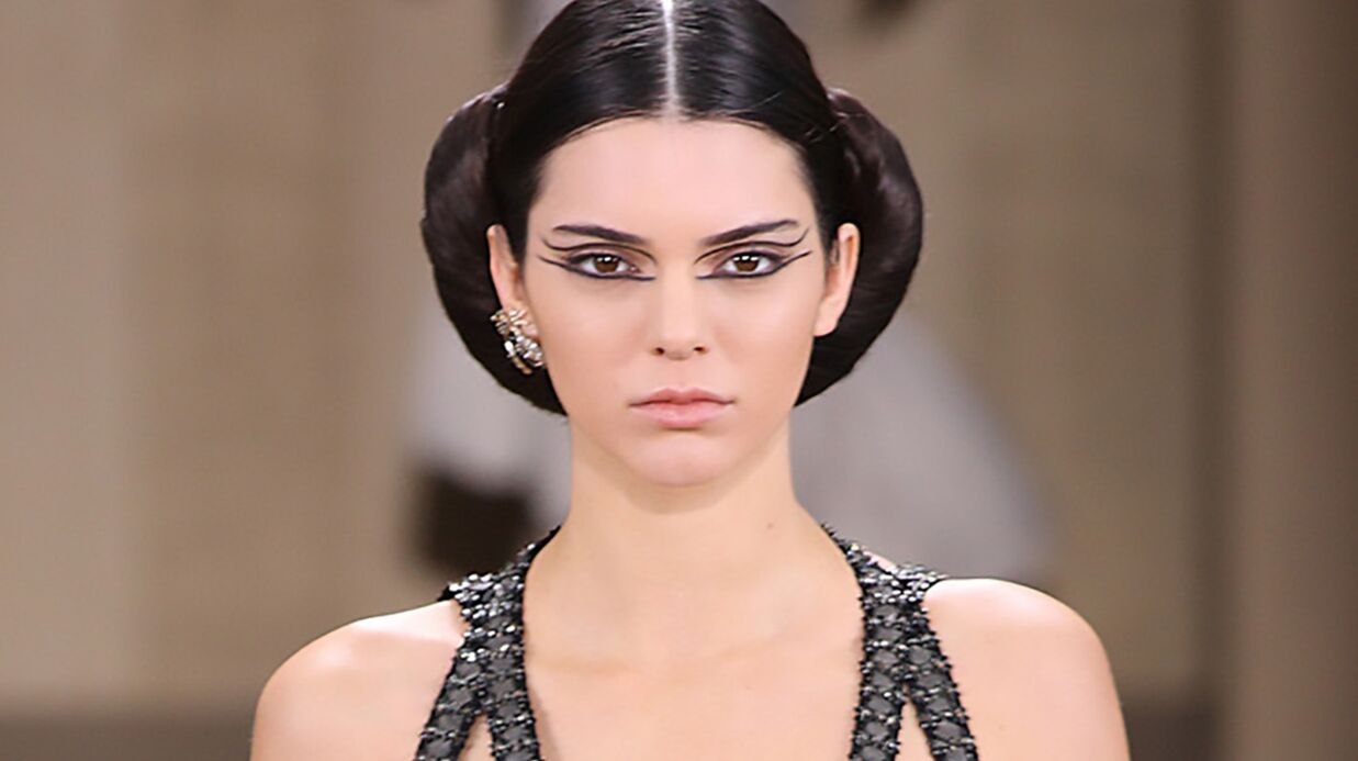 PHOTOS Kendall Jenner a défilé pour Chanel à Paris