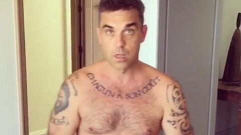VIDEO Robbie Williams, entièrement nu, se fait filmer par sa femme et c'est drôle