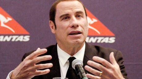 L'ancien amant de John Travolta passe à confesse