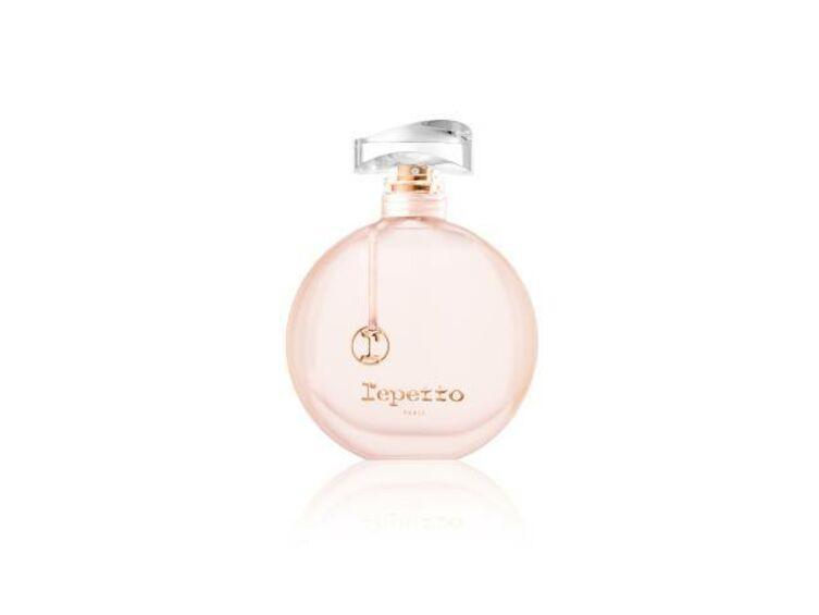 Scène De En Repetto Entre Voici Parfum L'eau SMzGLUVpq