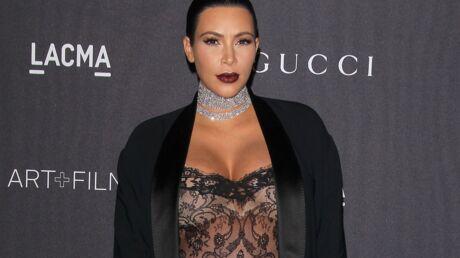 Kim Kardashian a du mal à écrire ses légendes Instagram toute seule