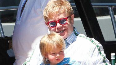 «Elton est terrorisé»