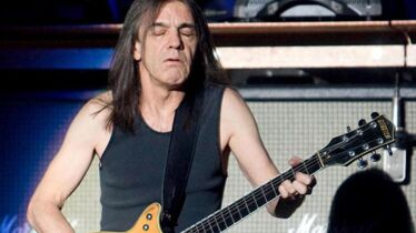 Malcolm Young s'efface du groupe