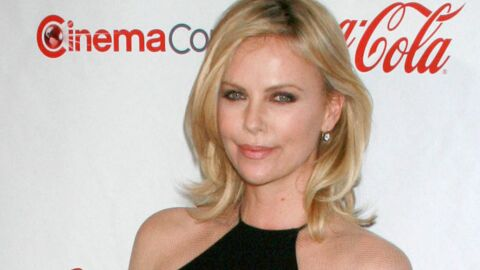 LOOK Charlize Theron illumine la cérémonie des CinemaCon Awards