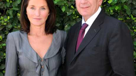 VIDEO Nicolas Sarkozy: Cécilia Attias à fond derrière lui