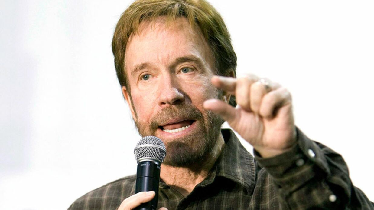 Chuck Norris ne veut pas de gays chez les boy-scouts