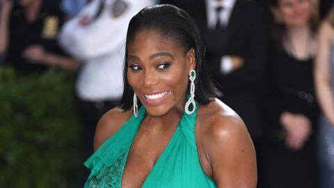 PHOTOS Enceinte, Serena Williams pose presque nue en une de Vanity Fair