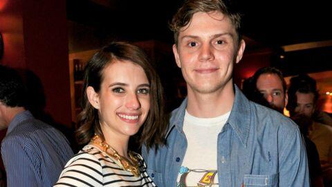 Emma Roberts et Evan Peters se sont (encore) fiancés