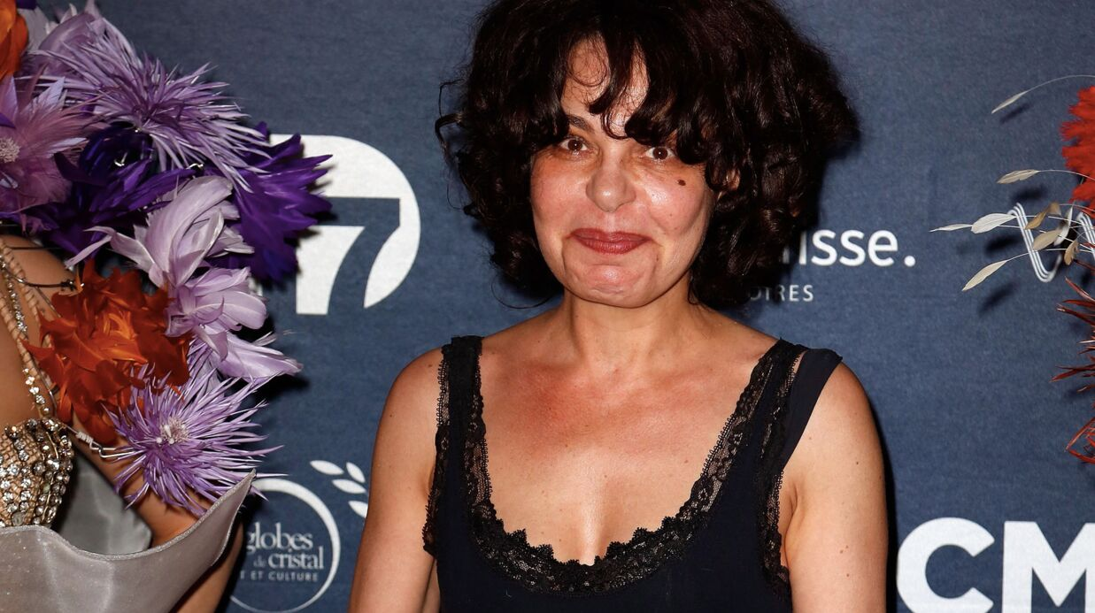 Isabelle Mergault: moment de gêne au lit avec un photographe de mode