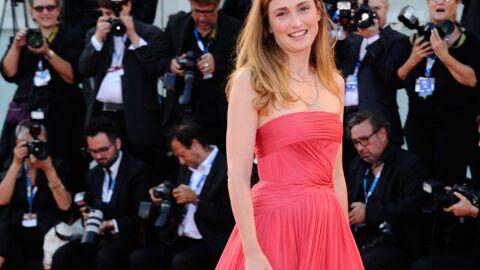 PHOTOS Julie Gayet glamour à l'ouverture de la Mostra de Venise