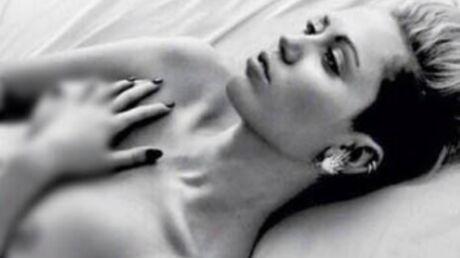 Miley Cyrus pose nue pour la bonne cause