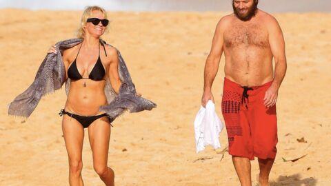 PHOTOS Pamela Anderson ultra sexy pour unNoël à la plage