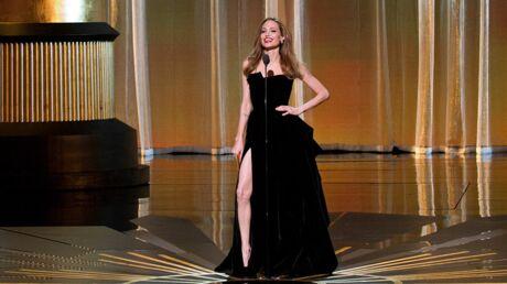 PHOTOS La jambe d'Angelina Jolie star du Net depuis les Oscars