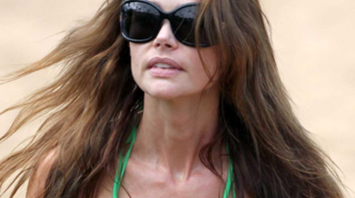 Denise Richards regrette ses implants mammaires
