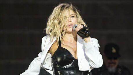 Fergie topless sur la pochette de son nouveau single, c'est chaud!