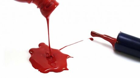 Astuces pour retirer toutes les taches de maquillage