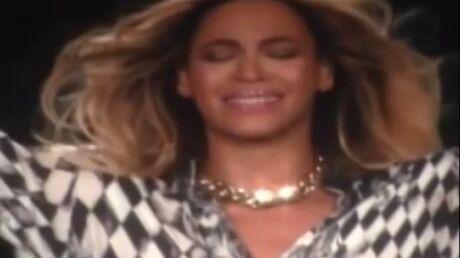 VIDEO Beyoncé en larmes sur scène pour la dernière de son Mrs Carter Show