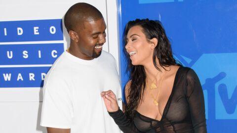 Kim Kardashian se moque d'une photo d'elle (mal) retouchée