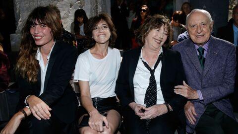 PHOTOS Fashion week: Jane Birkin avec ses filles Charlotte et Lou radieuses au défilé Saint Laurent