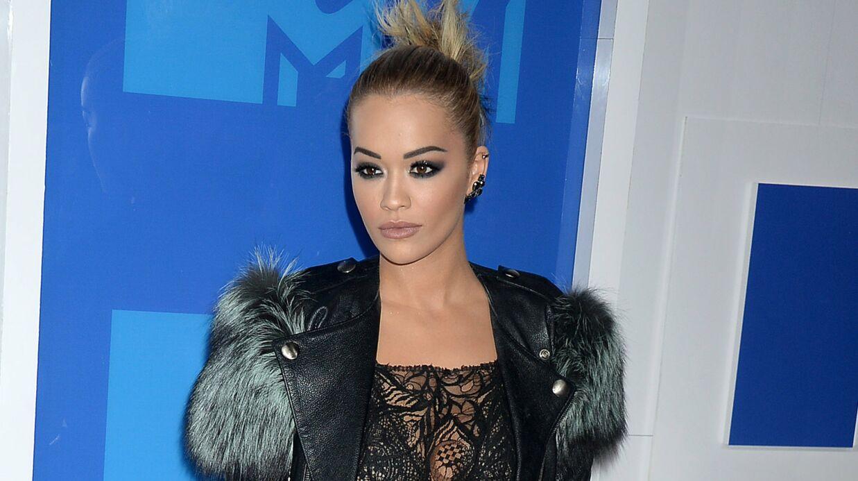 PHOTO Sans soutien-gorge, Rita Ora affole la toile