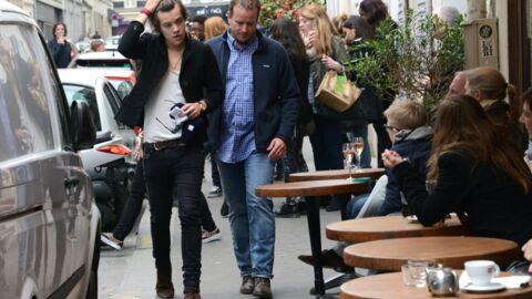 DIAPO Harry Styles (One Direction) profite seul de Montmartre