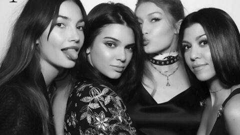 PHOTOS Gigi Hadid fête ses 21 ans dans une tenue improbable avec ses BFF très célèbres