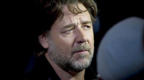 Russell Crowe s'en prend à une compagnie aérienne qui a refusé de laisser embarquer ses fils