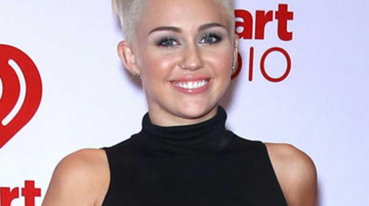 PHOTO Miley Cyrus pousse-t-elle son régime trop loin?