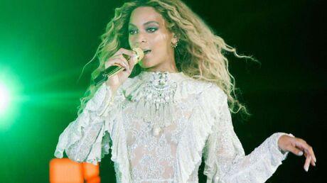 Beyoncé n'aimait pas sa robe de mariée conçue par sa mère