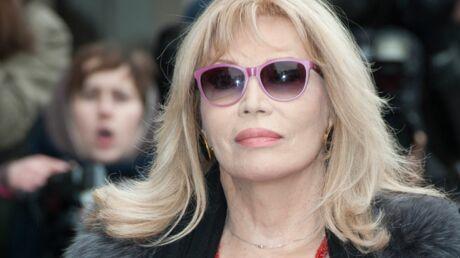 Amanda Lear se moque de Kylie Minogue
