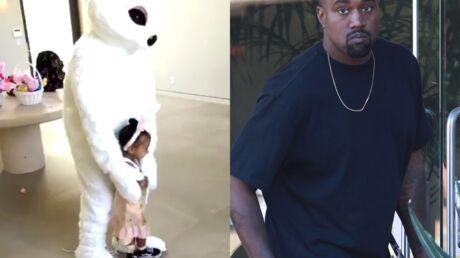 VIDEOS Kanye West se déguise en lapin pour Pâques